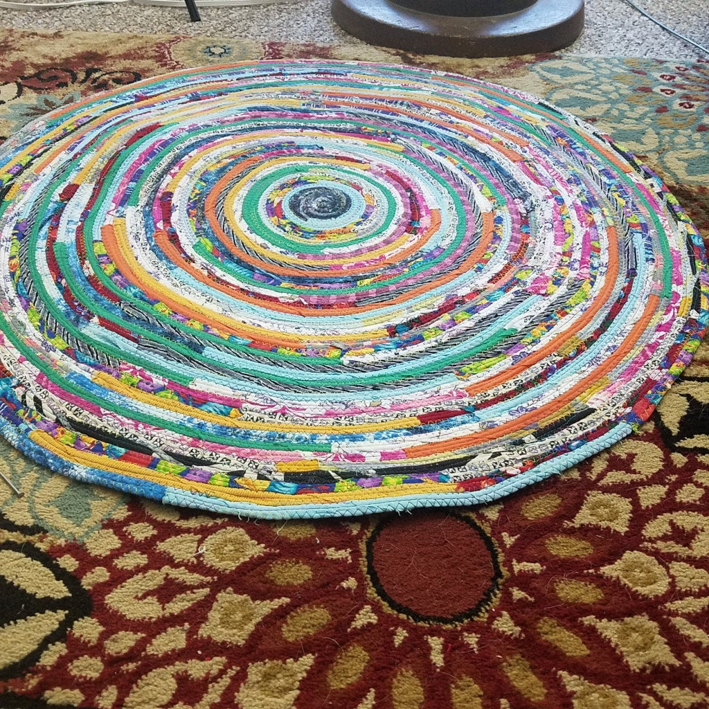 Picture of: R2s 3 Foot Round Rug Multicolors Floor Mat Handmade 36 Upcycled Red Gypsy Bohemian