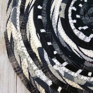 R2S Handmade Table Mat Fabric Placemat 13.5 Diameter Black And White Ready To Ship