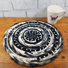 Load image into Gallery viewer, R2S Handmade Table Mat Fabric Placemat 13.5 Diameter Black And White Ready To Ship