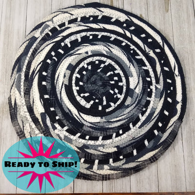 "R2S Handmade Table Mat Fabric Placemat 13.5"" Diameter Black and White Ready to Ship"