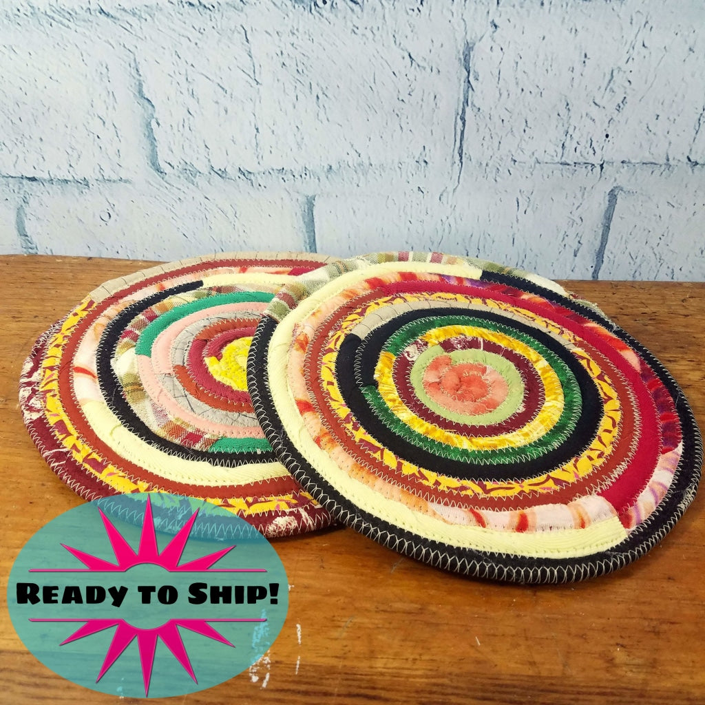 R2S Handmade Table Trivets Fabric Placemats Set Of Two 9 Pads Vintage Kitchen Colors Ready To Ship