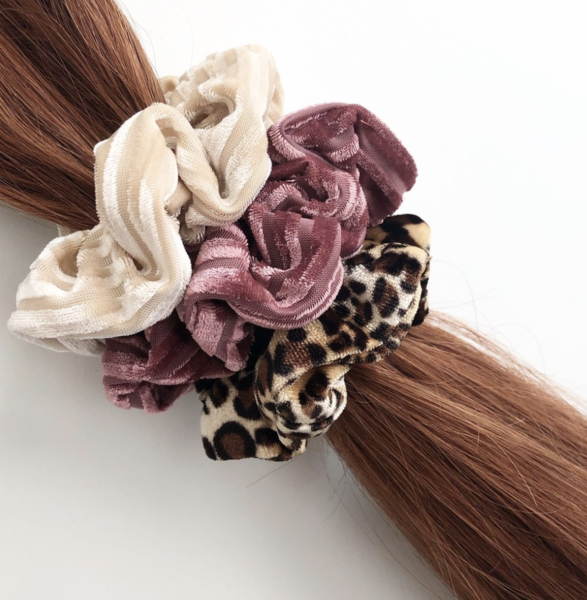 5 Reasons Scrunchies Are Better Than Hair Ties