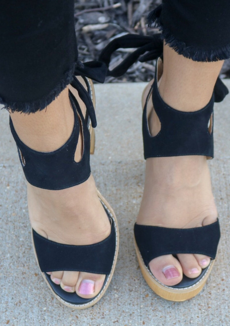 Ashlee Lace Up Heel Shoe ~