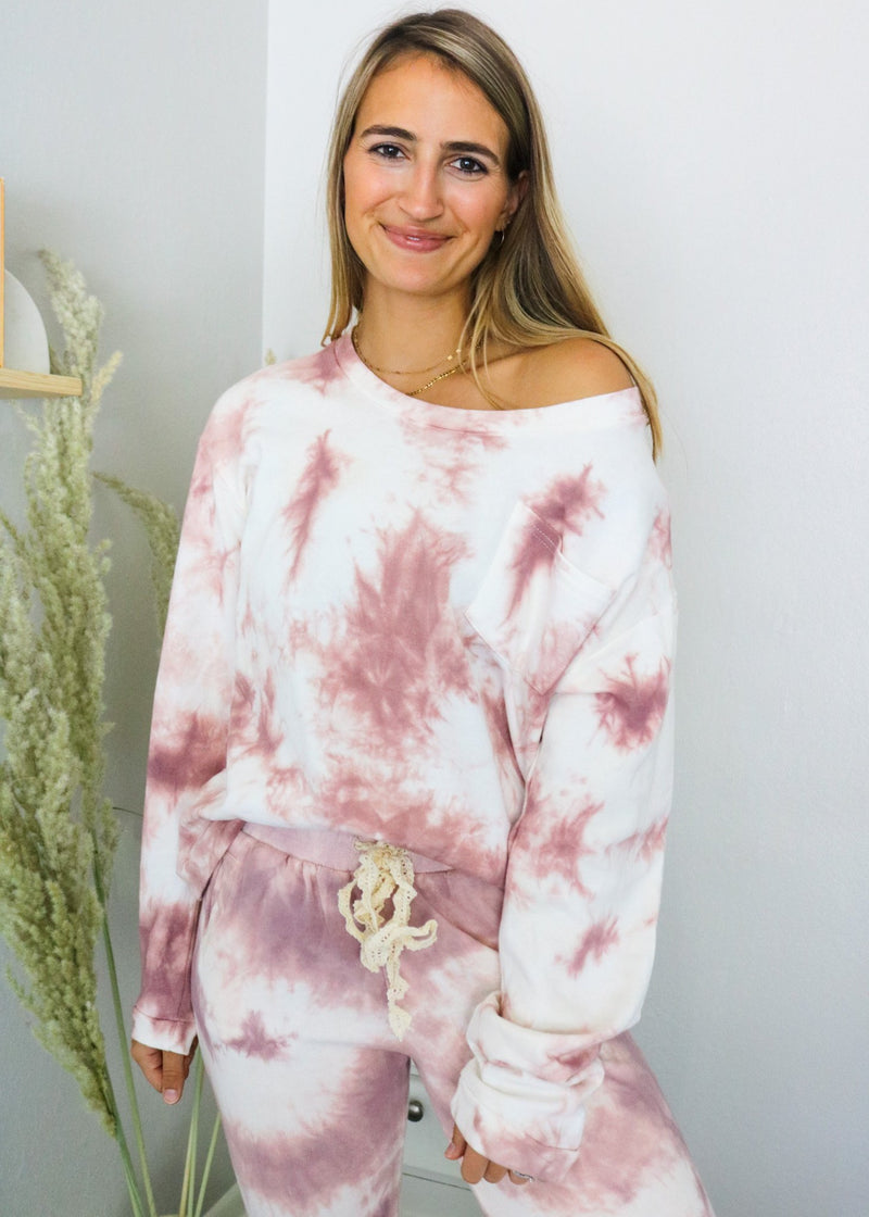Berry Tie-Dye Slouchy Pullover Pullover ~