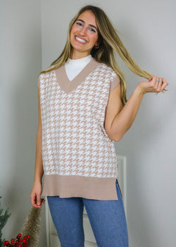 Cali Girl Houndstooth Sweater Vest Sweater May Blue