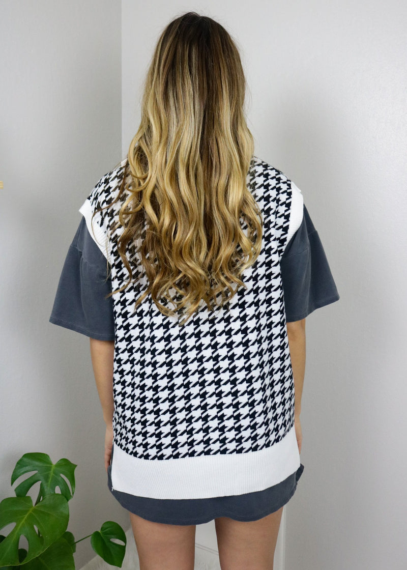 Cali Girl Sweater Vest - Black & White Top May Blue