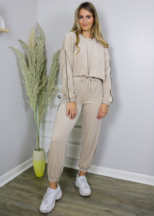 Jetsetter Tan Velour Jogger Set Set ~