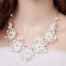 Wedding Party Pearl Rhinestone Decorated Necklace Earrings Set - AEIGARTZ.COM