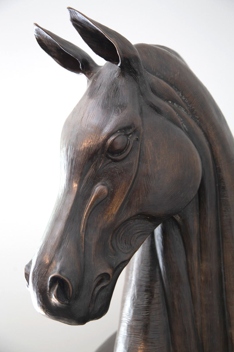 Equestrian thoroughbred bronze horse sculpture bronze animal sculptures bronze wildlife sculptures bronze western statues