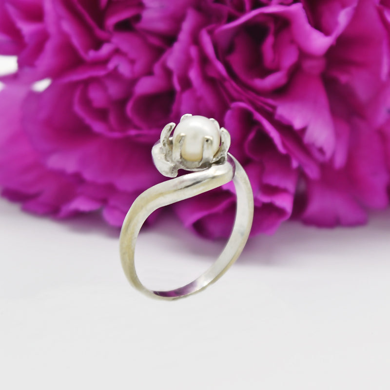 14k White Gold Estate Pearl Ring Size 5.75