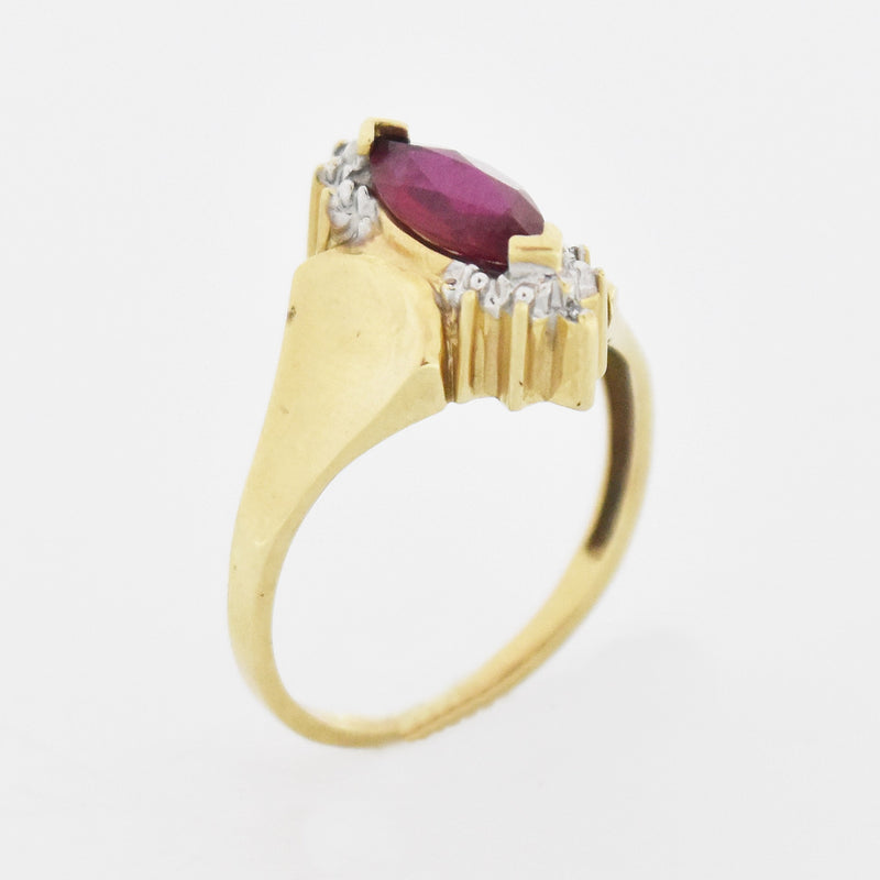 10k Yellow Gold Estate Ruby & Diamond Ring Size 8.25
