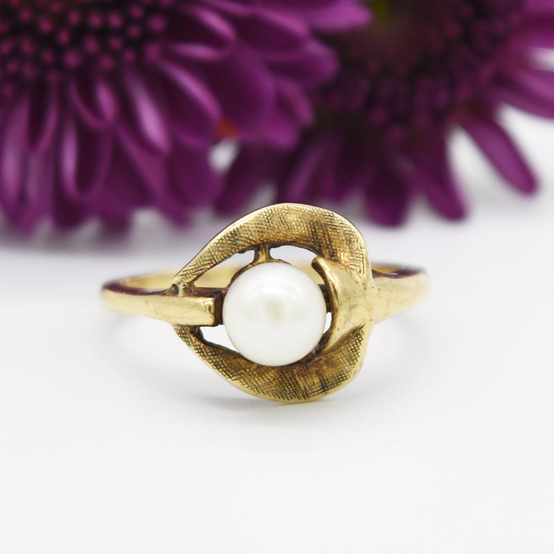 10k Yellow Gold Vintage Textured Open Pearl Ring Size 6