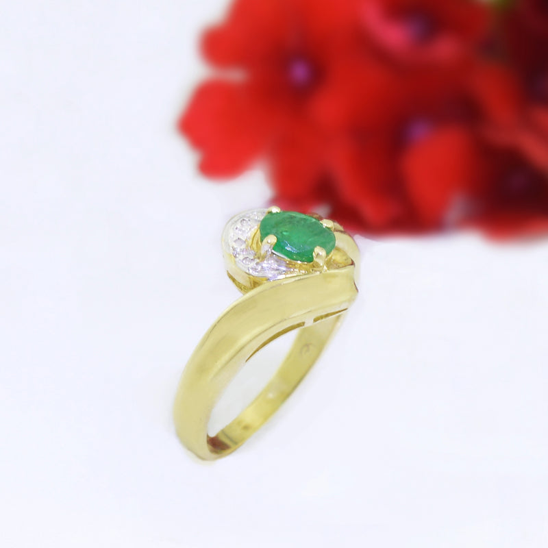 14k Yellow Gold Estate Emerald & Diamond Multistone Ring Size 6.25