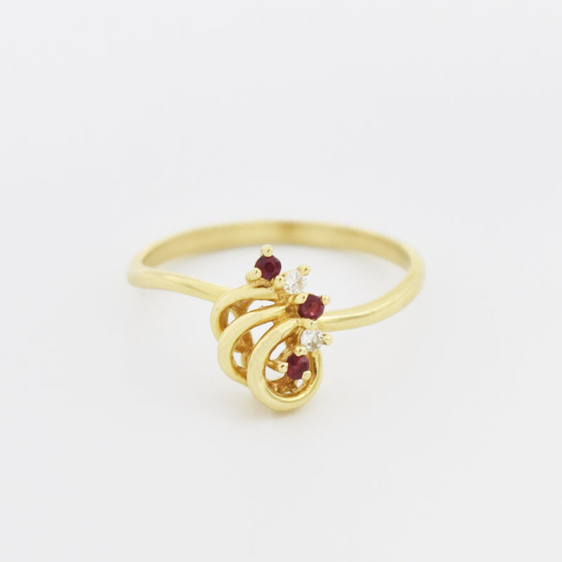 14k Yellow Gold Estate Open Work Swirl Ruby & Diamond Ring Size 6.75