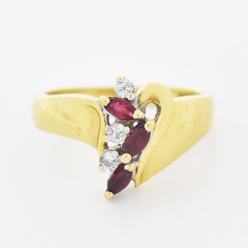 10k Yellow Gold Estate Swirl Ruby & Diamond Ring Size 5.25