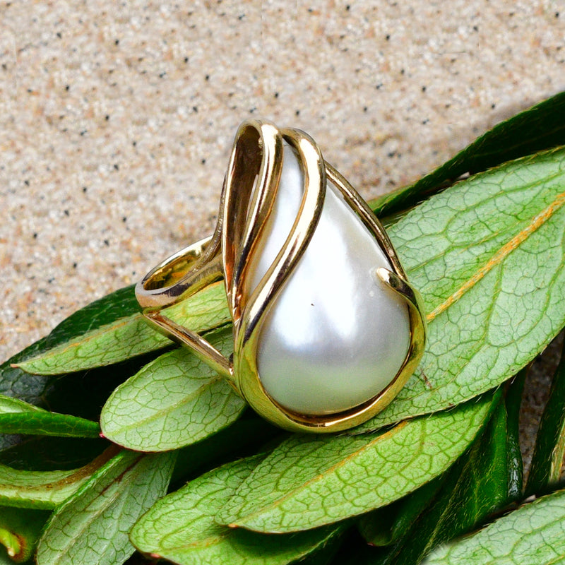 14k Yellow Gold Modern Style Teardrop/Pear Mabel Pearl Ring Size 6.75