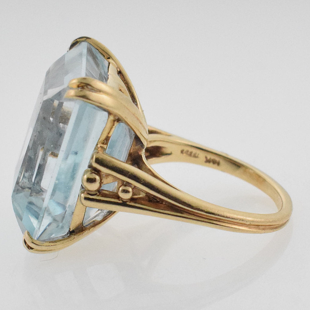 14k YG Open Work Large Ice Blue Topaz Ring Size 6.5