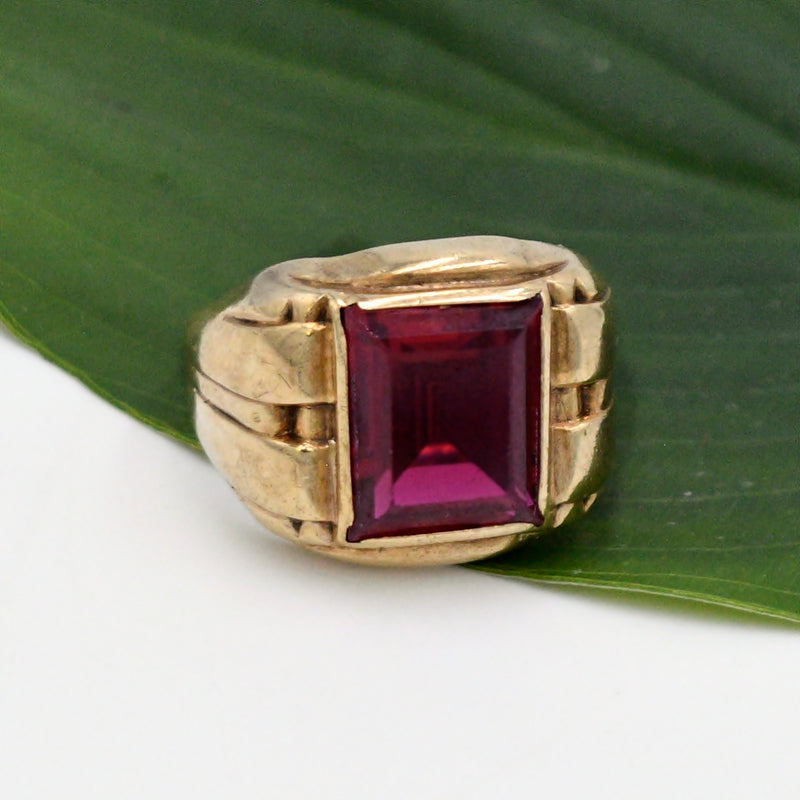 10k Yellow Gold Antique Ribbed Ruby Gemstone Ring Size 9.75