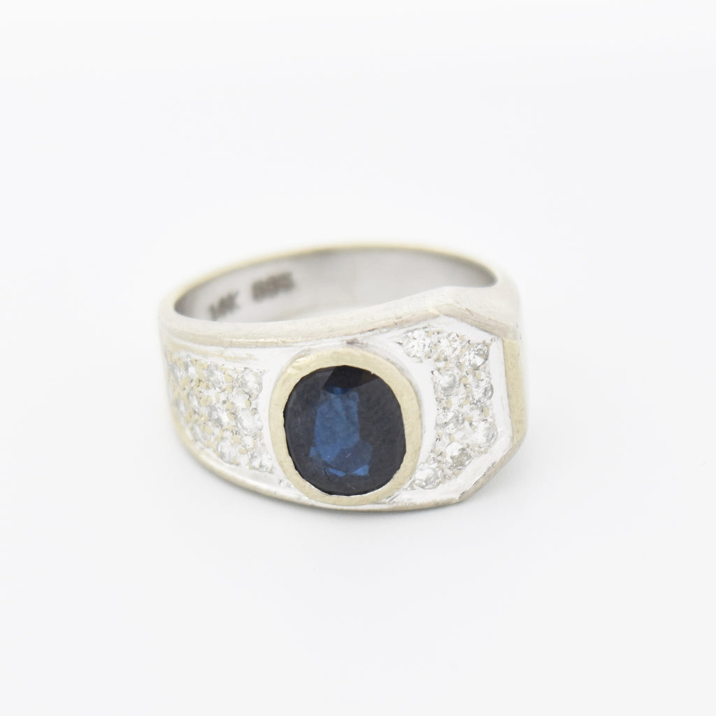 14k White Gold Modern Style Oval Sapphire & Diamond Ring Size 7.25
