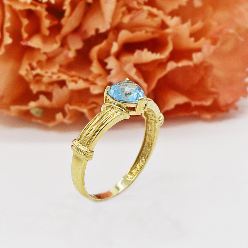 10k Yellow Gold Estate Textured Blue Topaz Heart Ring Size 7.25