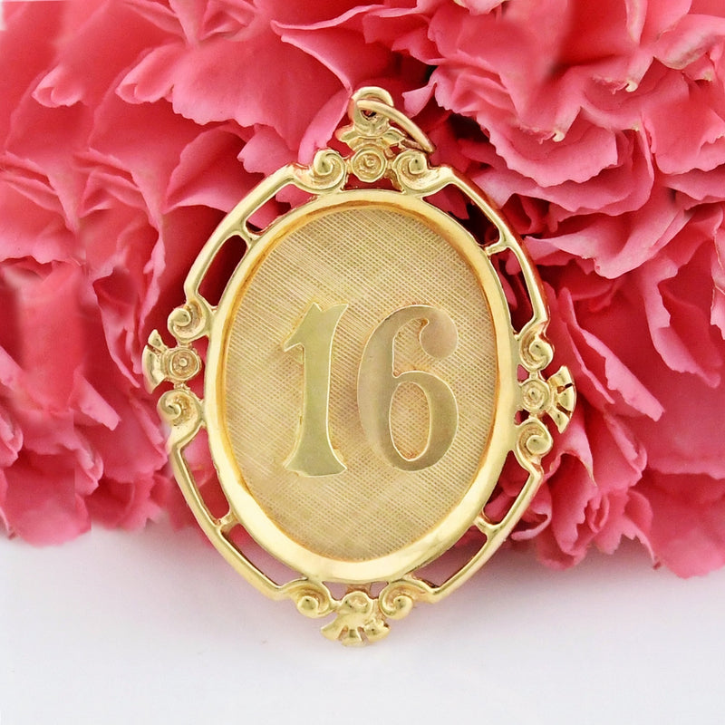 14k Yellow Gold Estate Ornate Framed Sweet 16/Number 16 Pendant