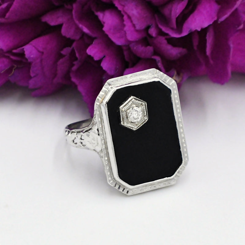 14k WG Antique Art Deco Black Onyx & Diamond .11 tcw Ring Sz 7.25