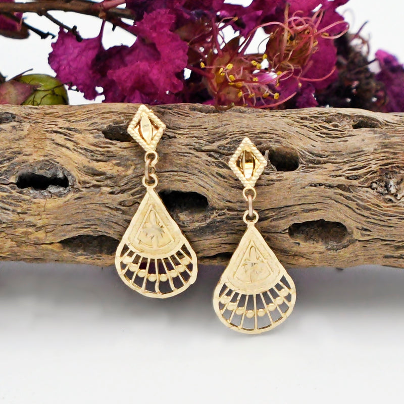 14k Yellow Gold Diamond Cut Fan Design Dangle/Drop Post Earrings