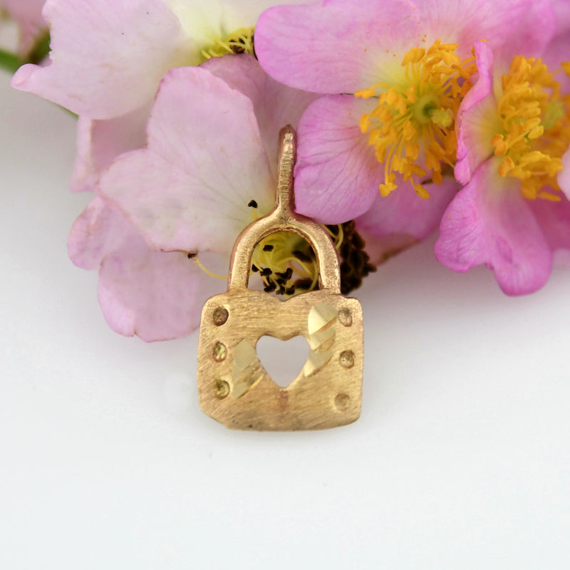 14k Yellow Gold Estate Diamond Cut Lock Charm/Pendant