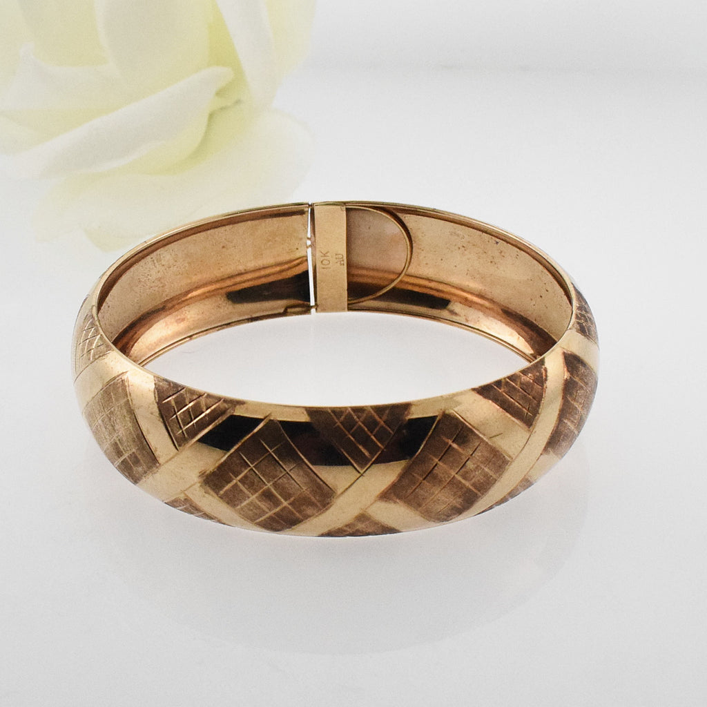 10k YG Vintage Textured Wide Bangle Bracelet