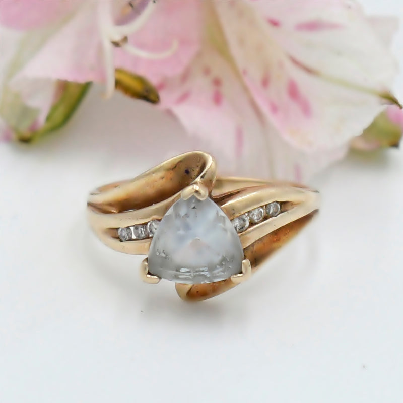 10k Yellow Gold Channel Set Diamond & Aquamarine Ring Size 5.75