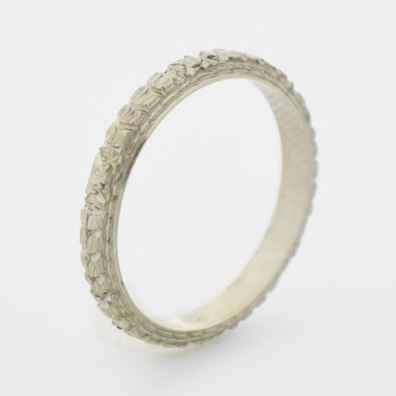 18k White Gold Antique Carved Flower Wedding Band/Ring Size 5.5