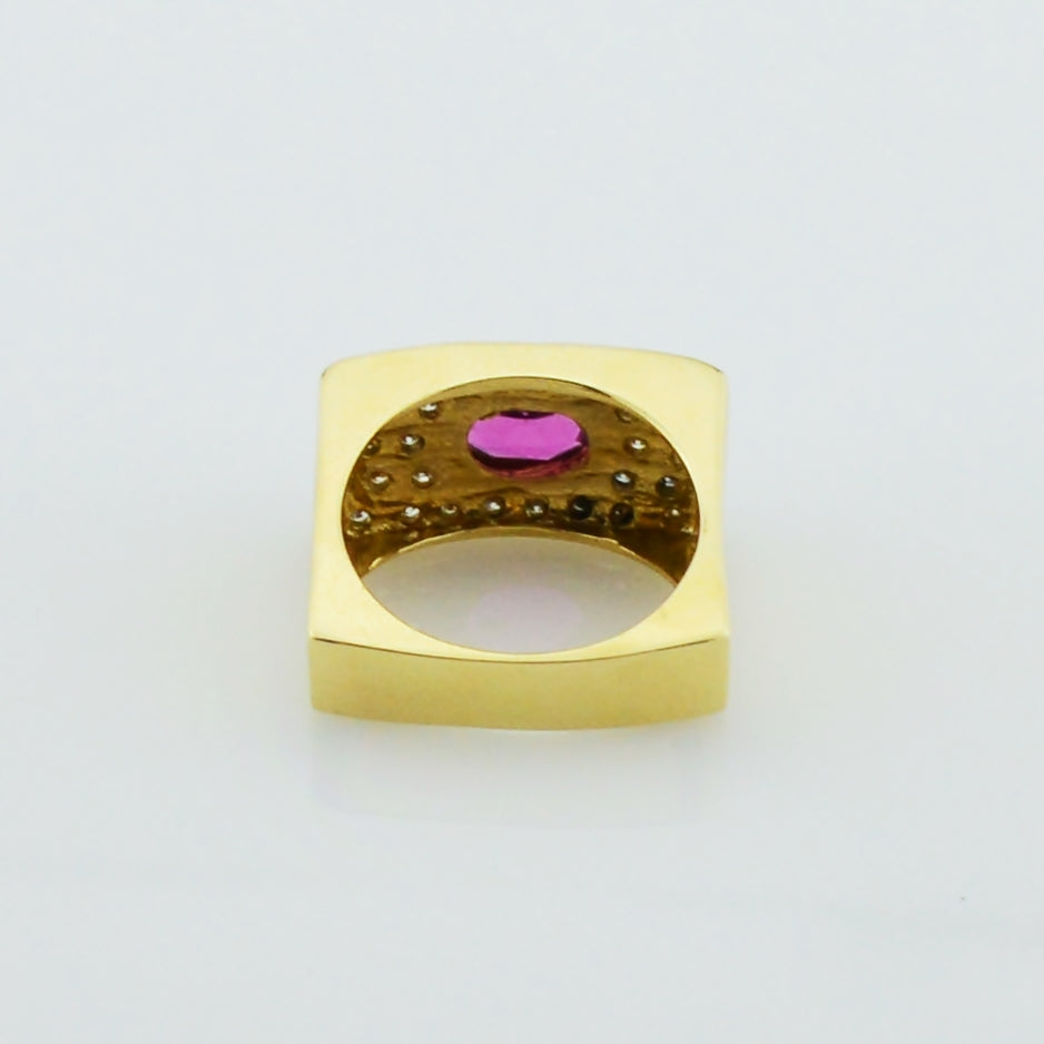 14k Yellow Gold Modern Design Amethyst & Diamond Ring Size 8