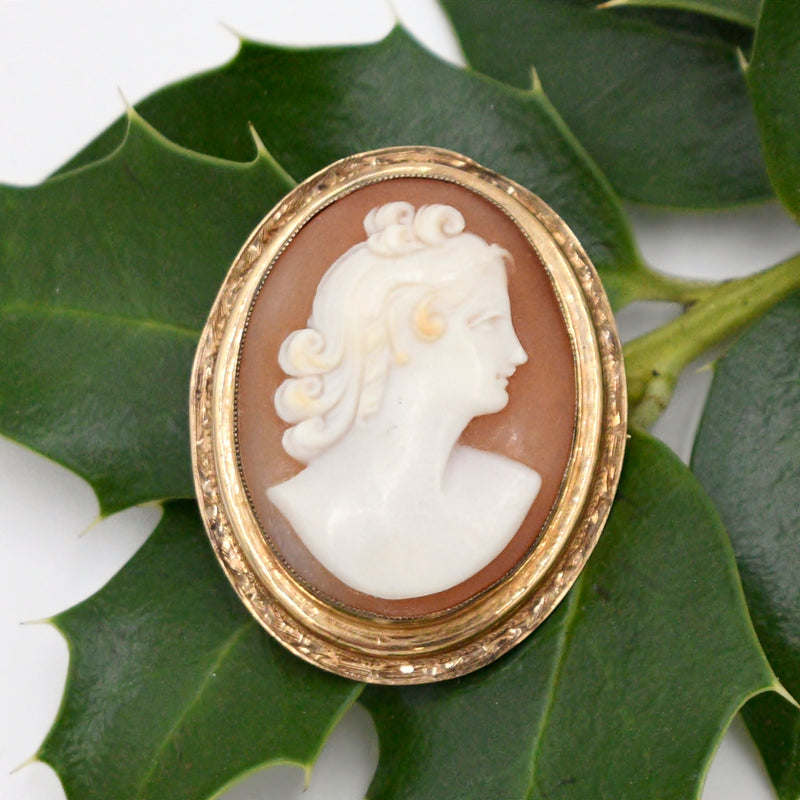 10k Yellow Gold Antique Carved Cameo Brooch/Pin