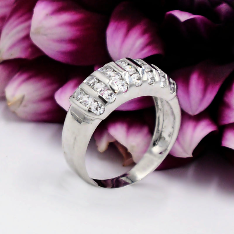 10k White Gold Estate Chanel Set CZ Gemstone Band/Ring Size 10