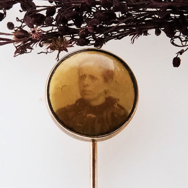 10k Yellow Gold Antique Photo/Photograph Stick Pin