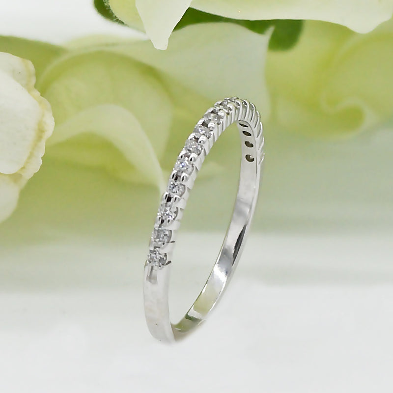 10k White Gold Estate Diamond Band/Ring Size 6