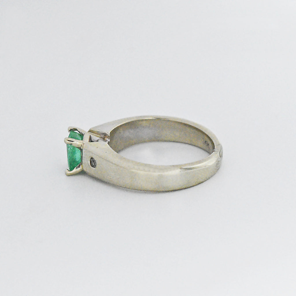 14k White Gold Estate Emerald & Diamond Ring Size 5.5