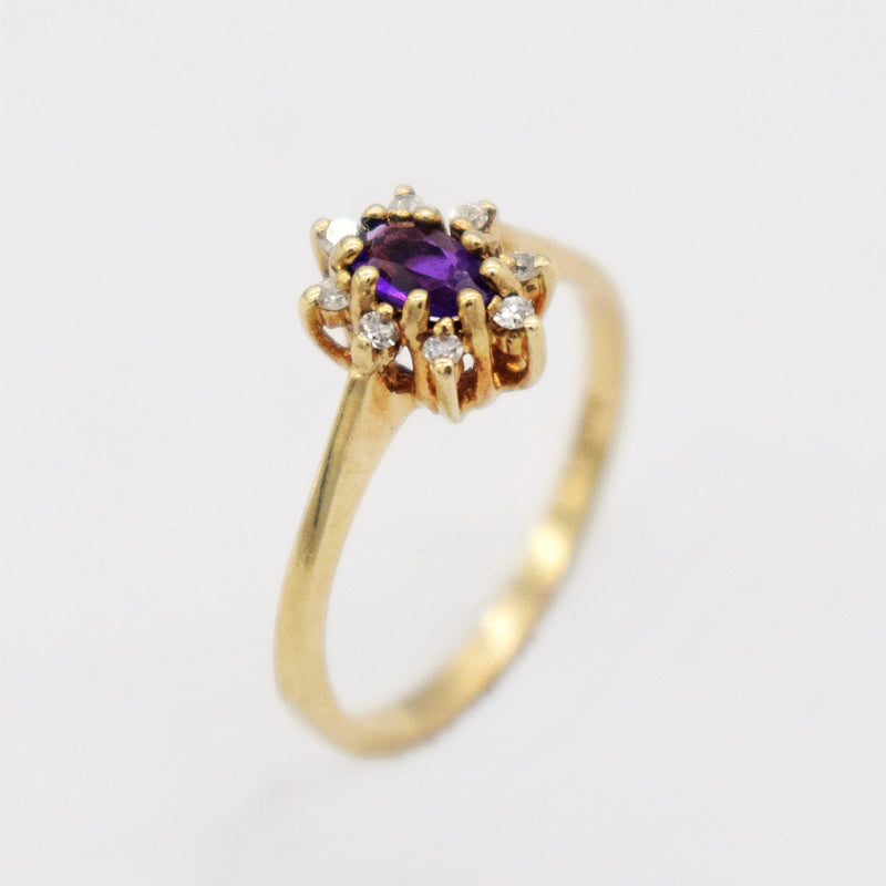 10k Yellow Gold Estate Oval Amethyst & Diamond Ring Size 5.75