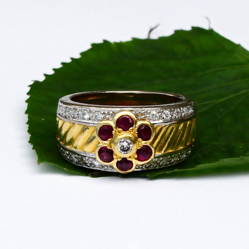 18k Yellow & White Gold Textured Ruby And Diamond Ring Size 6.75