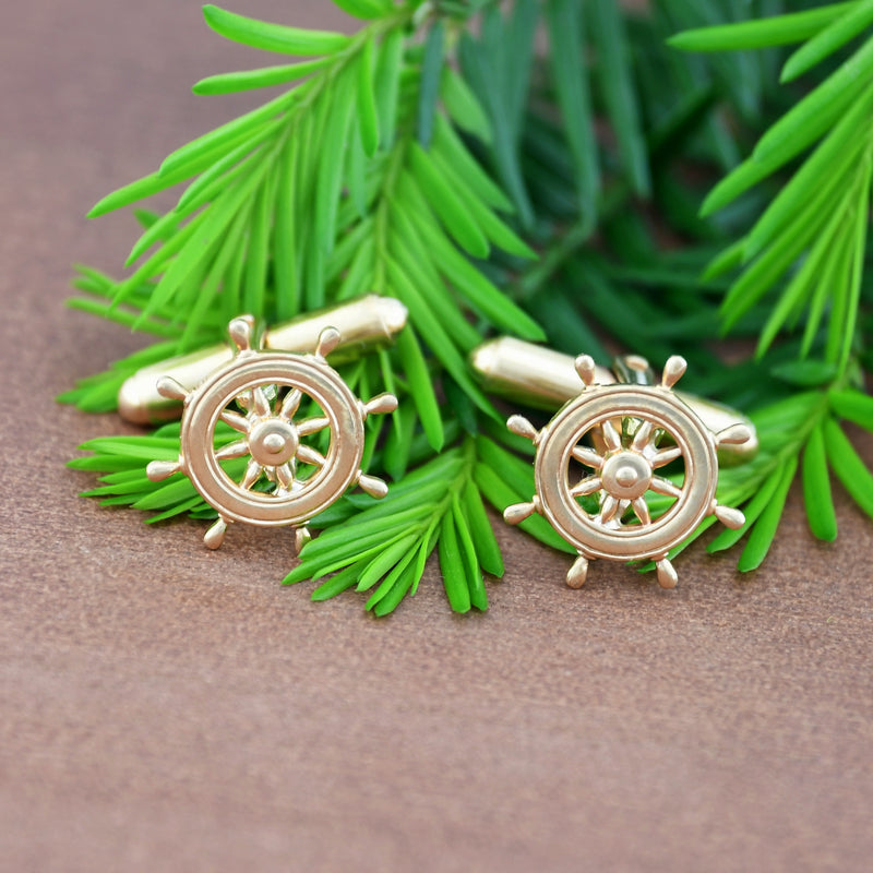 14k Yellow Gold Estate Open Ship Wheel Cufflinks