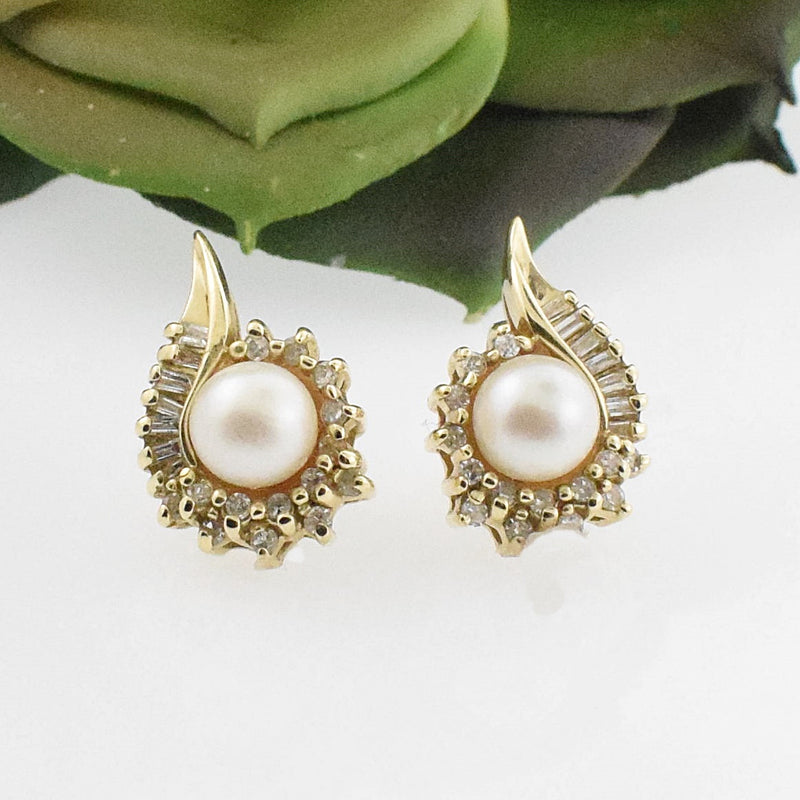 14k YG Pearl & Diamond 0.35 tcw Post Earrings