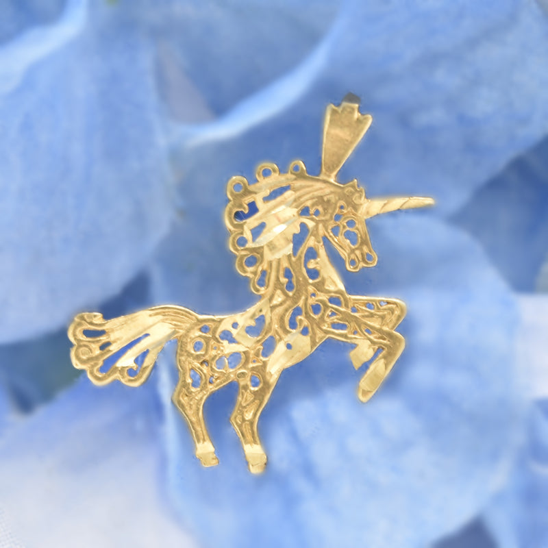 14k Yellow Gold Estate Pierced/Open Work Unicorn Pendant