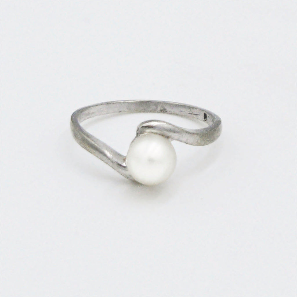 10k White Gold Estate Swirl Pearl 6.0 mm Ring Size 6