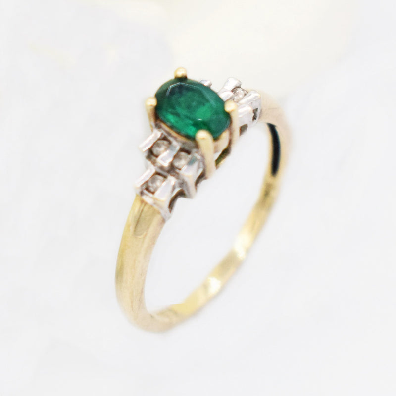 10k Yellow Gold Estate Emerald & Diamond 0.06 tcw Tier Ring Size 7