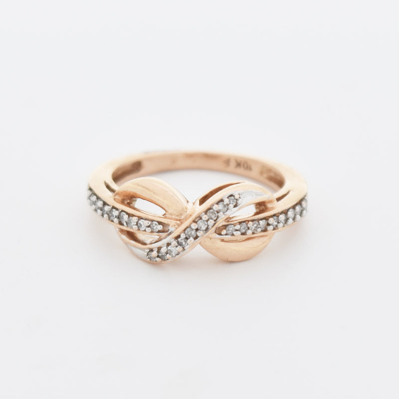 10k Rose Gold Criss Cross Infinity Diamond Band/Ring Size 4.25