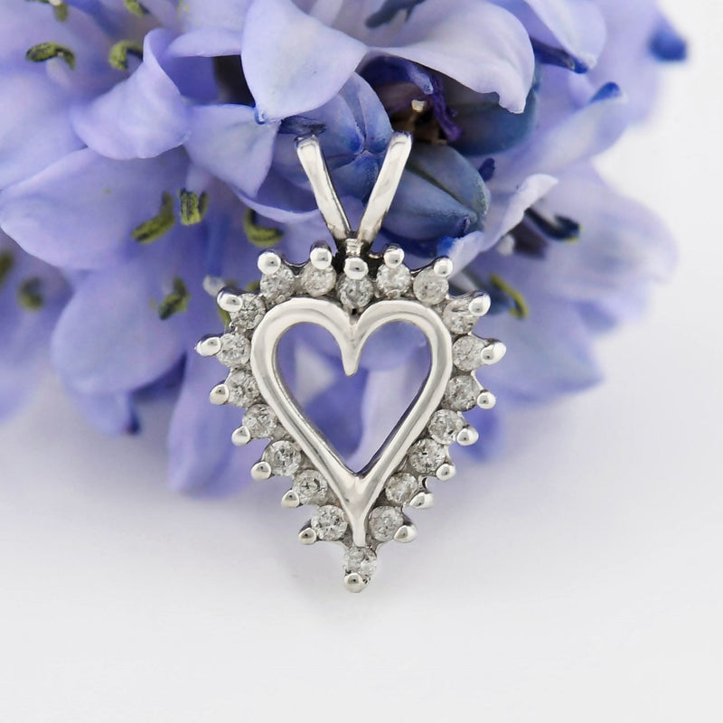 10k White Gold Estate Diamond Heart Love Pendant