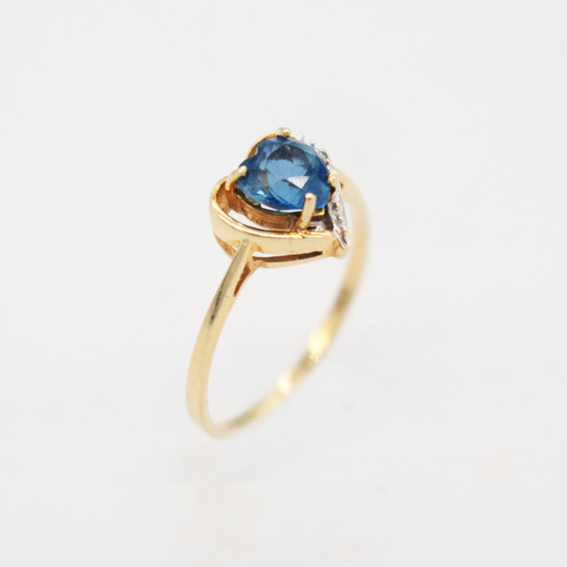 14k Yellow Gold Estate Heart Blue Topaz & Diamond Ring Size 7.25