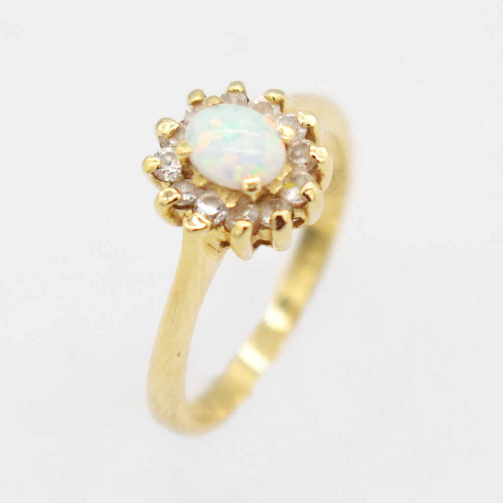 14k YG Oval Cabochon Fire Opal & Diamond 0.12 tcw Ring Size 5.25