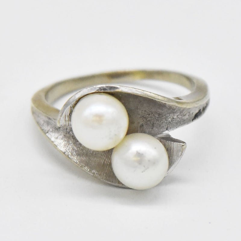 10k White Gold Retro Swirl Double Pearl Ring Size 7