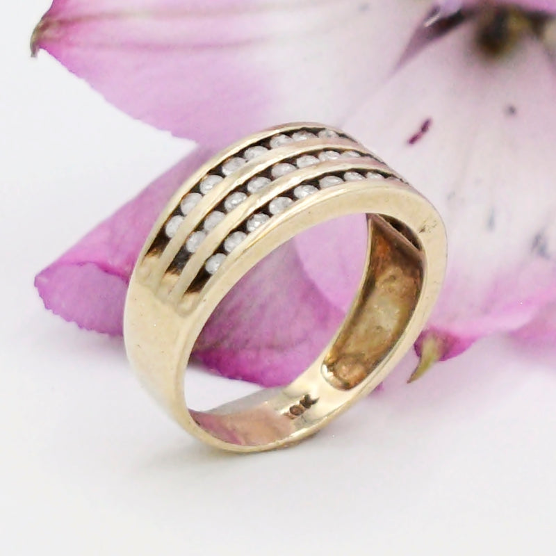 10k Yellow Gold 3 Row Chanel Set Diamond .36 tcw Band/Ring Size 7